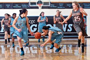 Gillette women extend win streak to three