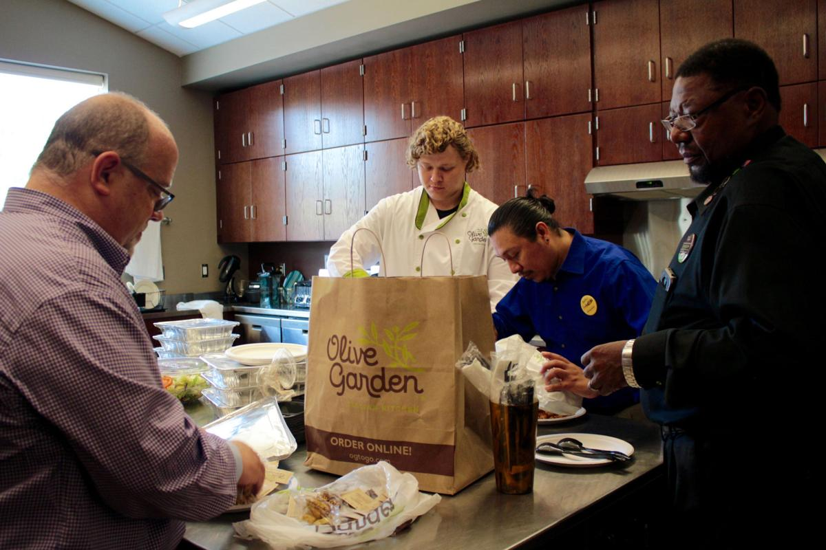 Olive Garden Feeds Danville S Unsung Heroes For Labor Day Business