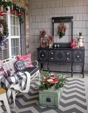 Design D Cor Holidays On The Porch 1808 Greensboro
