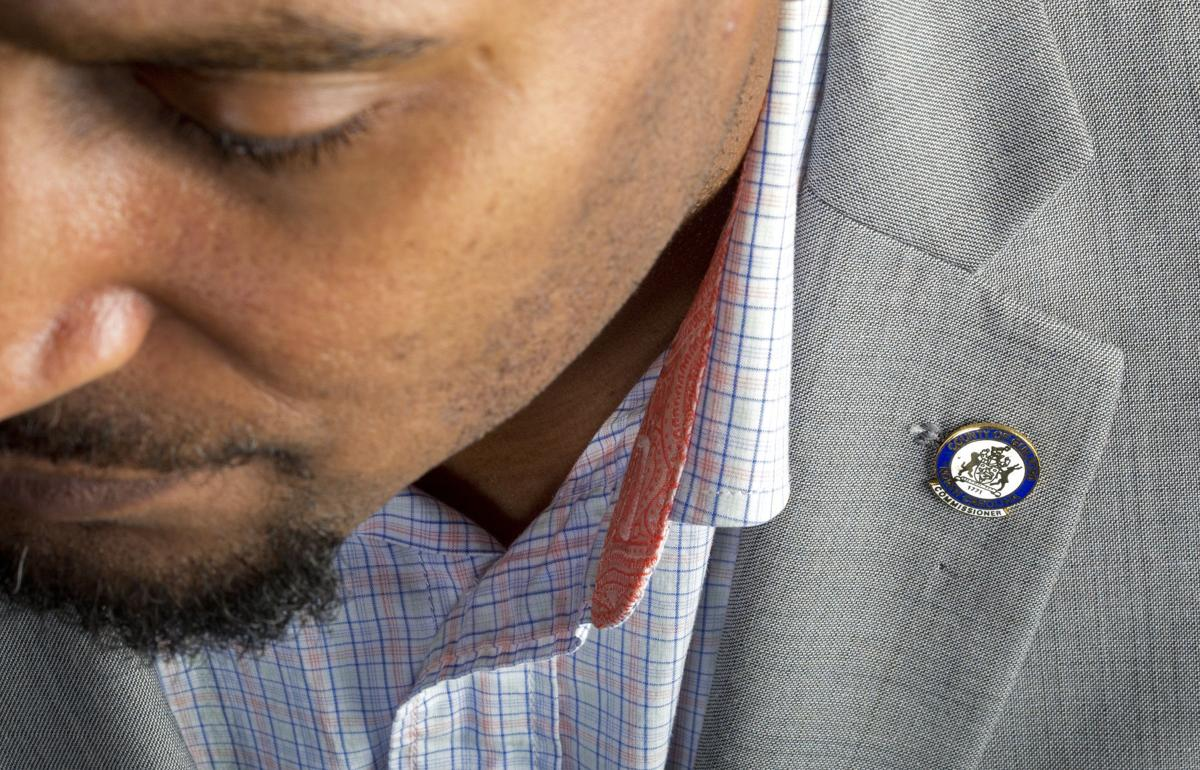 The complete guide to wearing a collar pin (and how a