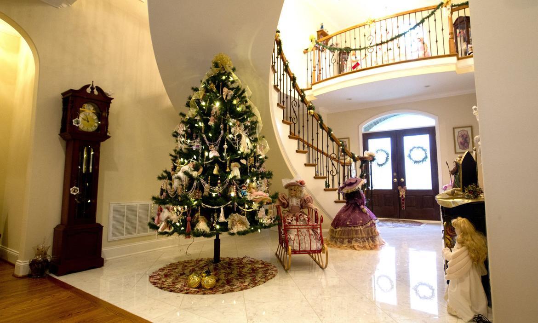 Burroughs 39 Christmas Decorations Greensboro News