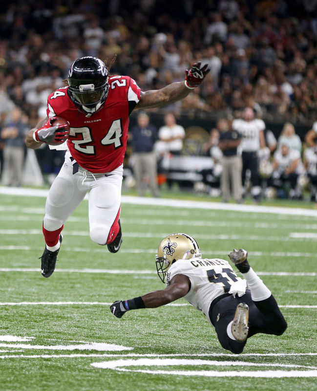 Falcons roll past Saints in Big Easy