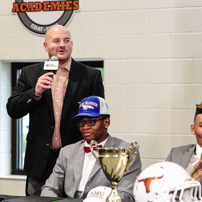 Lanier 5-star Derrick Brown picks Auburn