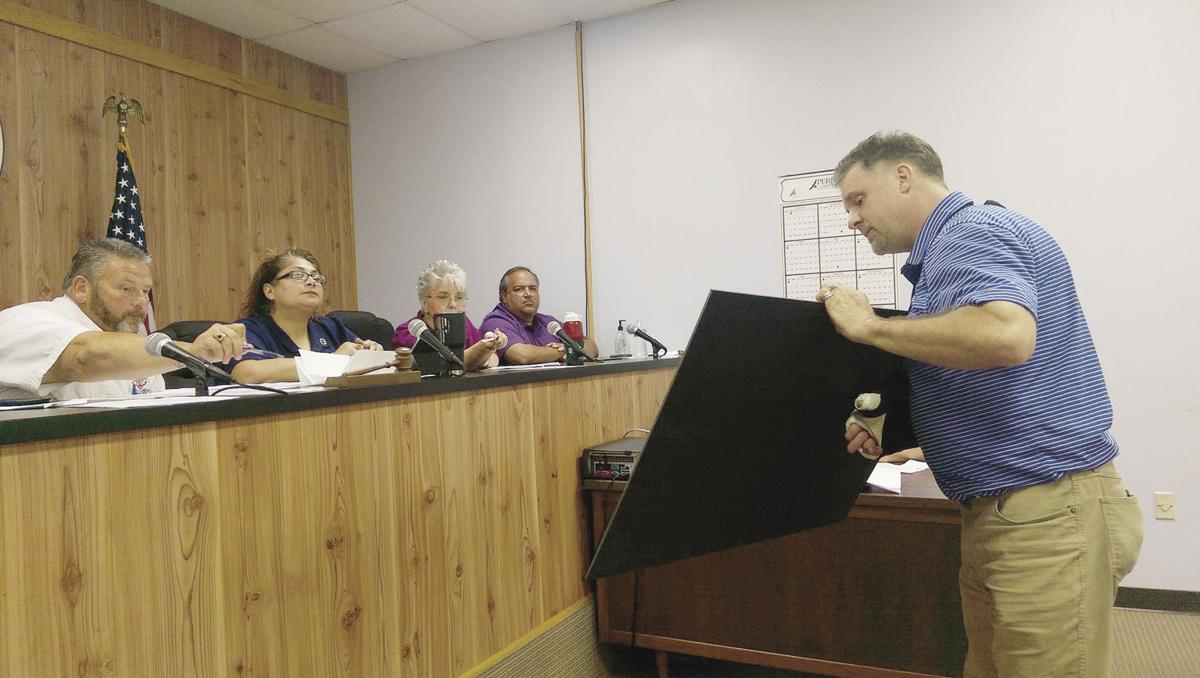 Sterlington unveils Town Hall plans