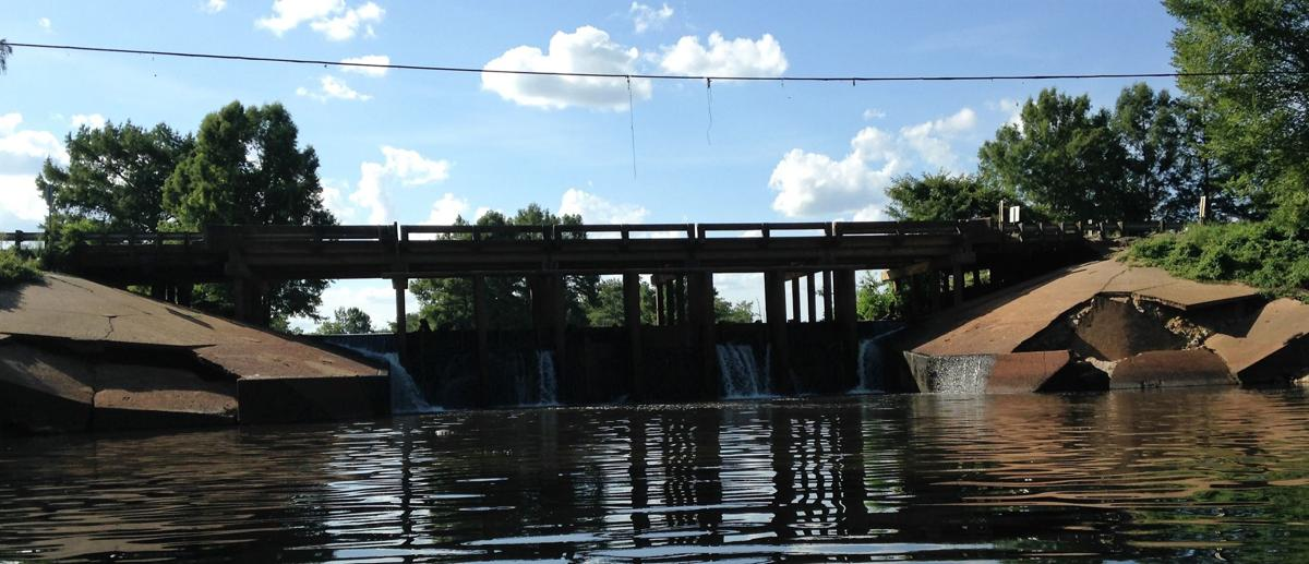 Six-foot drawdown at Cheniere Lake could last 18 months