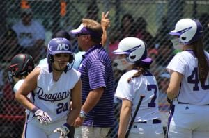 <p>No. 2 Mangham takes on No. 7 Sacred Heart on Friday in Sulphur. </p>