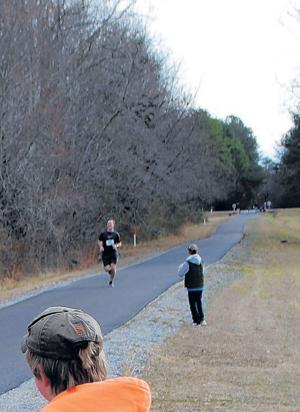 Wayne Guynn running race