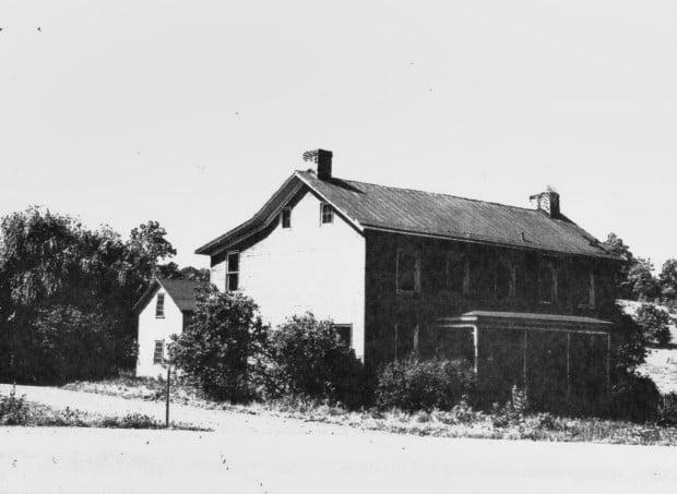flatwoods house 2.jpg