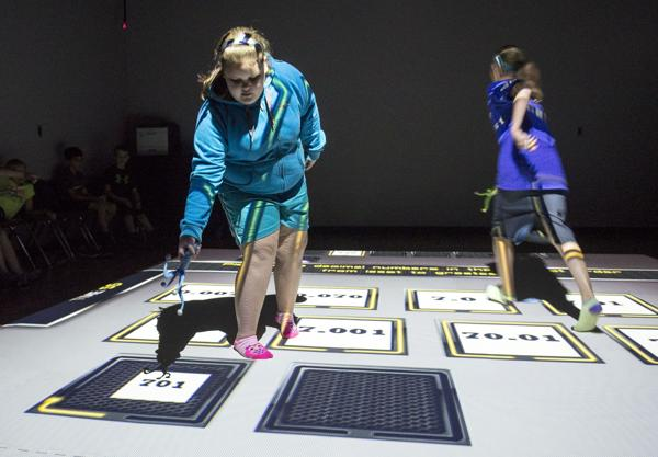 Groundbreaking technology enters Bobtown, asks students to learn while moving