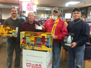 Fayette County Cattlemen donate to Toys for Tots