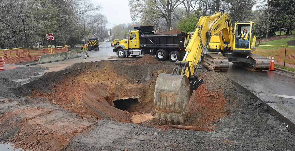 Ncdot continue work on highway 127 sinkhole near downtown for Roberts motors hickory nc