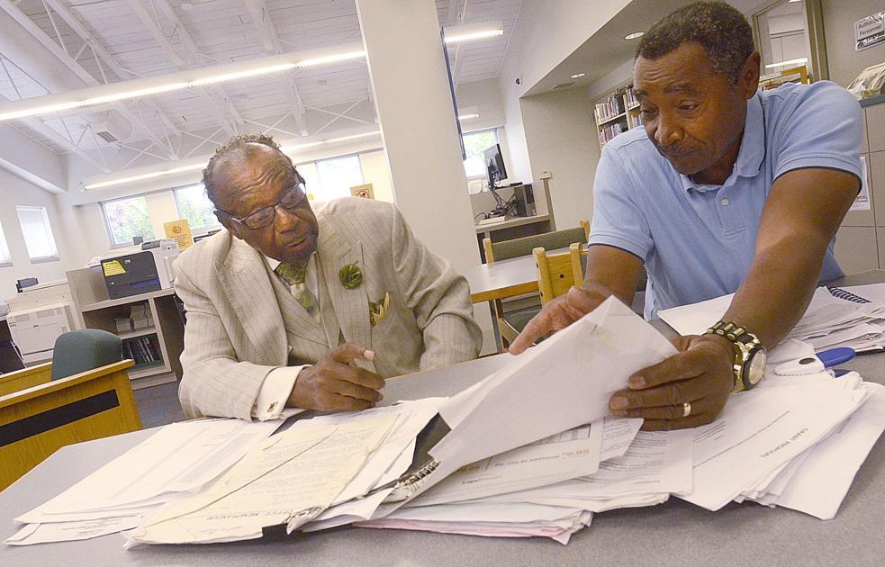Ridgeview duo hopes to revitalize neighborhood news for Roberts motors hickory nc