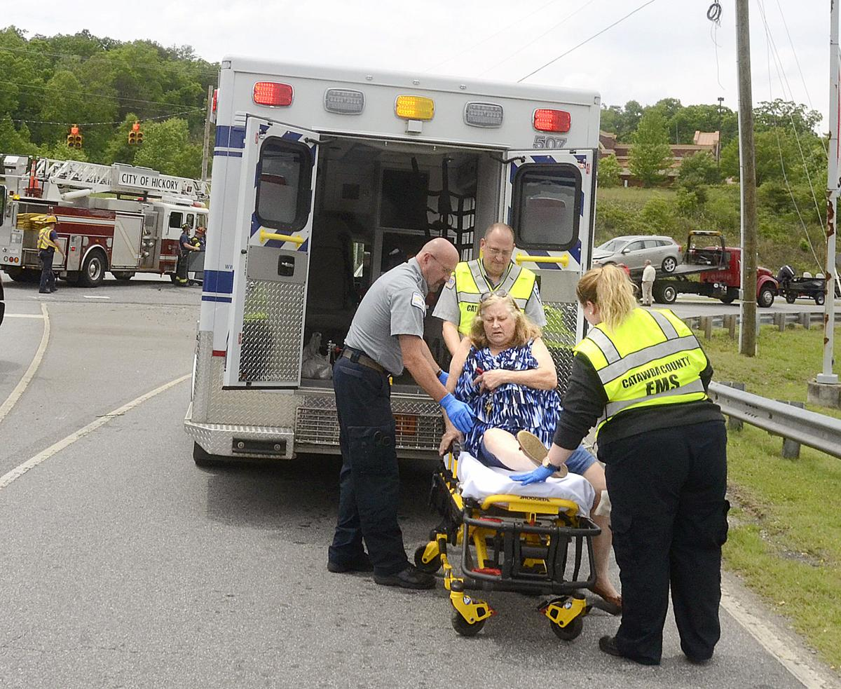 Woman hospitalized after collision on highway 321 news for Roberts motors hickory nc