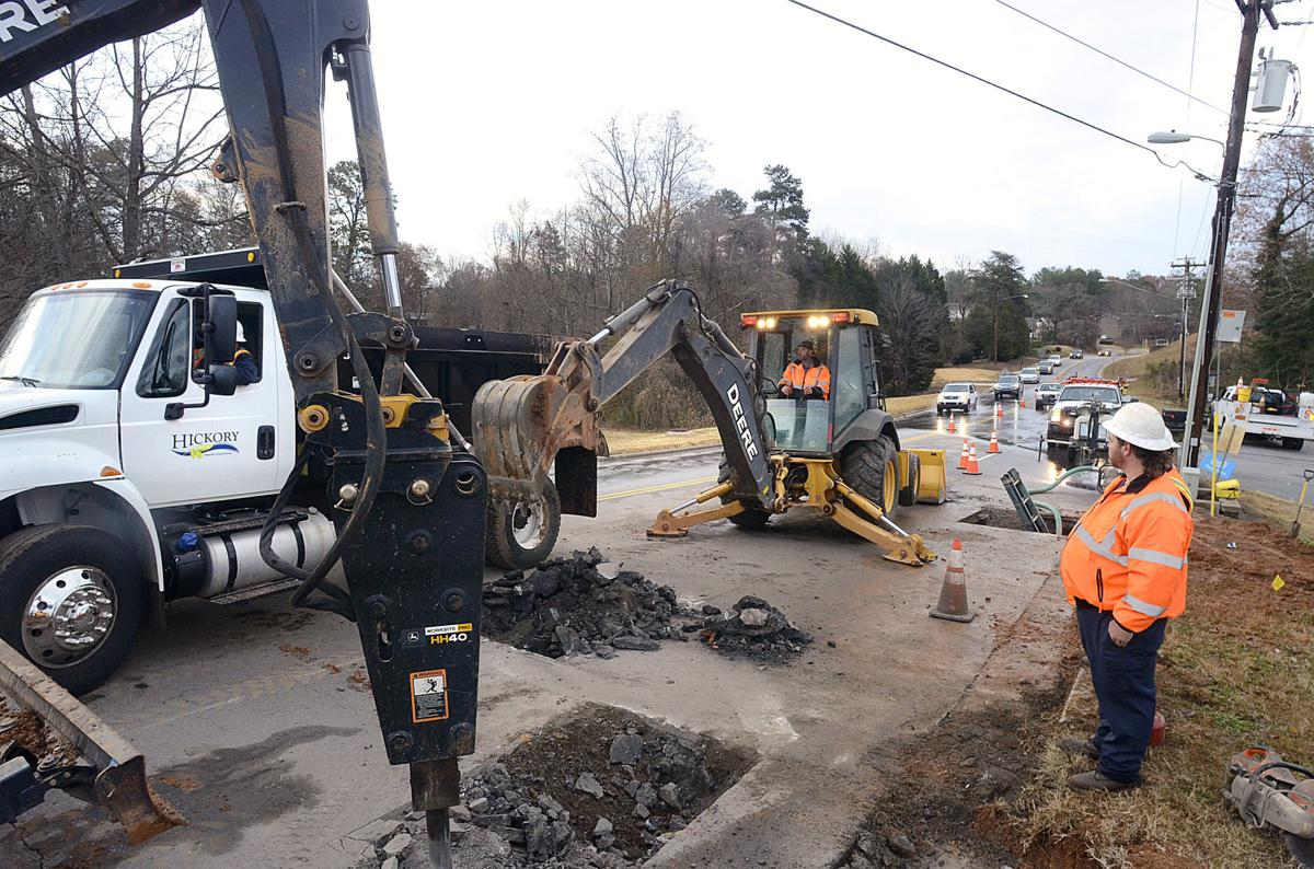 Water main breaks in nw hickory under repair through for Roberts motors hickory nc