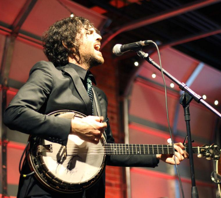 Avett Brothers play Concord