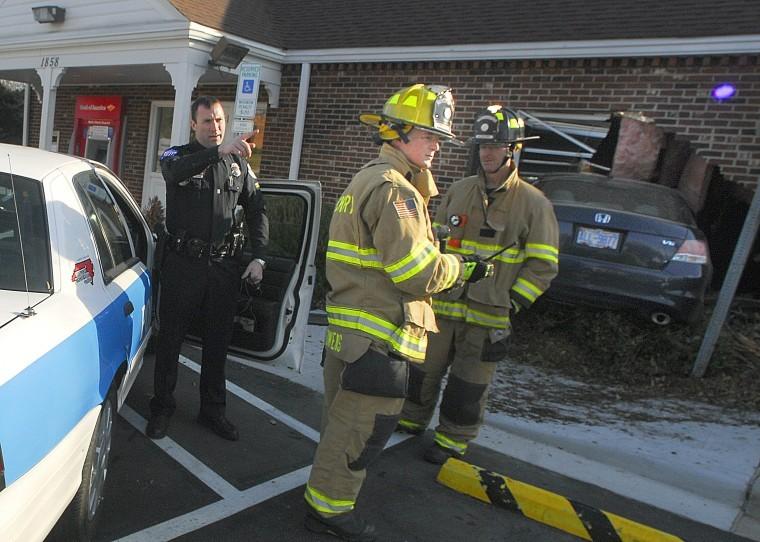 Car crashes into bank building driver injured news for Roberts motors hickory nc