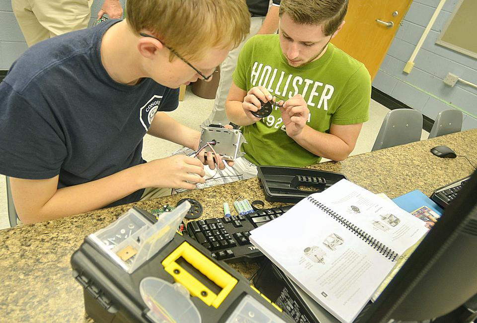From the wires up: Catawba County students learn job skills by building robots