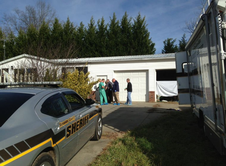 Two dead in taylorsville cops courts for Roberts motors hickory nc