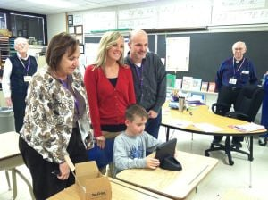 Yahara Elementary School – Madison East Kiwanis Club donates iPad to Yahara Elementary School student