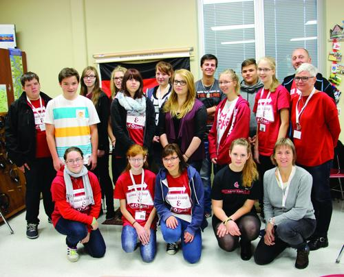 Sun Prairie students get glimpse of world