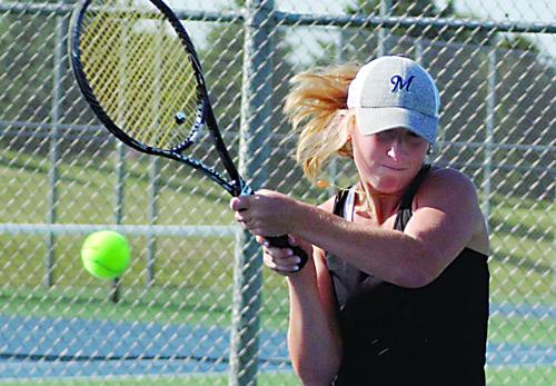 Kamm helps lead Tennis to conference tourney