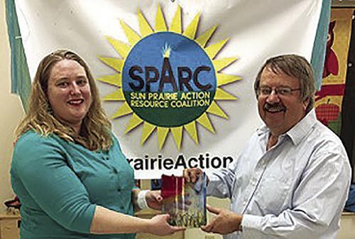 Gauger receives SPARC award