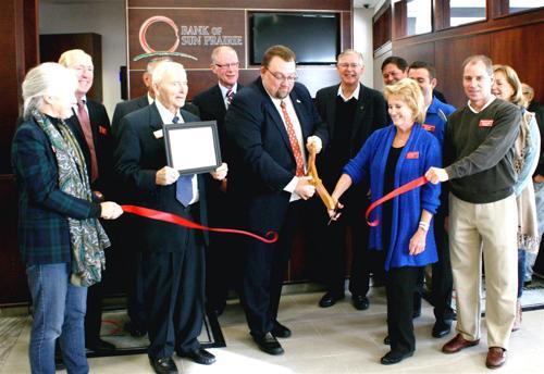 Ribbon cut at Bank of Sun Prairie Center