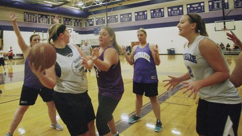 Girls alumni basketball