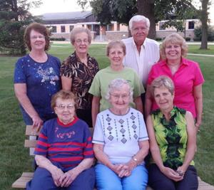 Dodge County 4-H Leaders honored