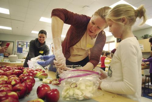 Arboretum kids make pies to help WNC