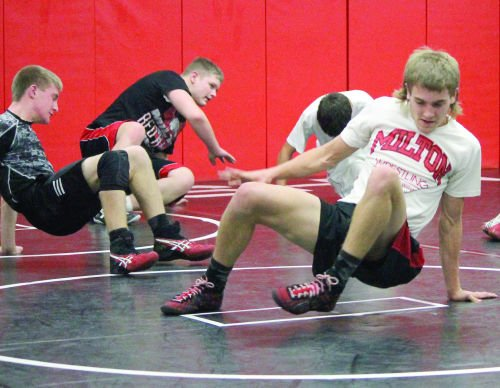 Wrestling: Shea returns to lead MHS