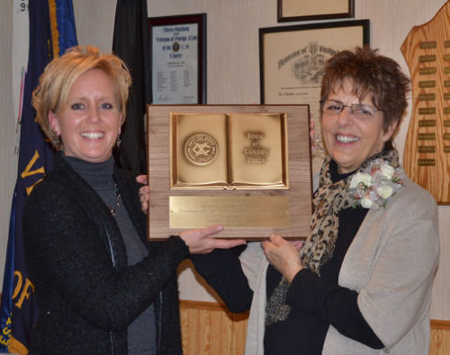 Roberts receives Book of Golden Deeds Award