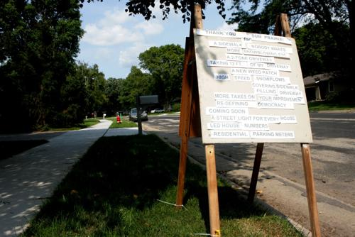 Sidewalks debated in Sun Prairie