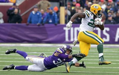 Lacy, Packers power past Vikings 24-21
