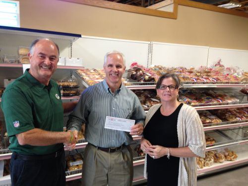 Foundation donates $1,500 to Sun Prairie food pantry