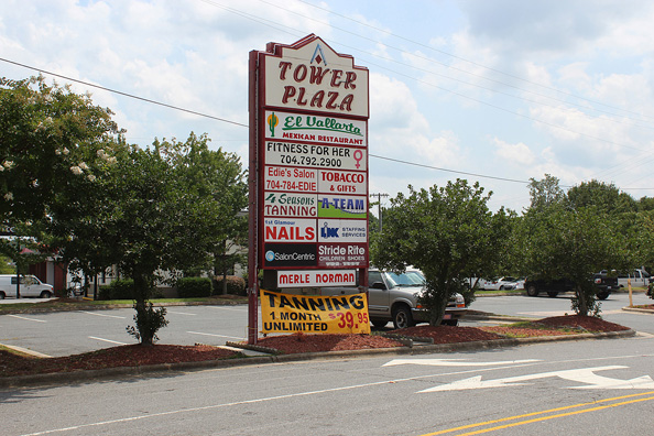 Family Owned Shopping Center Will Fall To I 85 Project