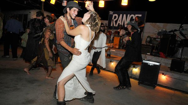 Slab City prom brings romance to 'middle of nowhere ...