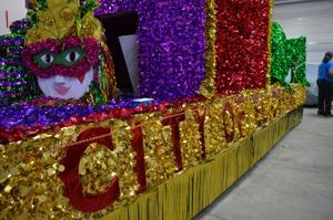 El Centro invites all to 2015 Mardi Gras Light Parade and Street Festival