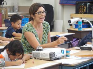 El Centro Elementary School District completes negotiations to include salary increase, new minimum teacher salary