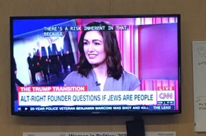 CNN apologizes for banner questioning 'if Jews are people'