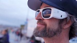 Omni-Wearable captures sights