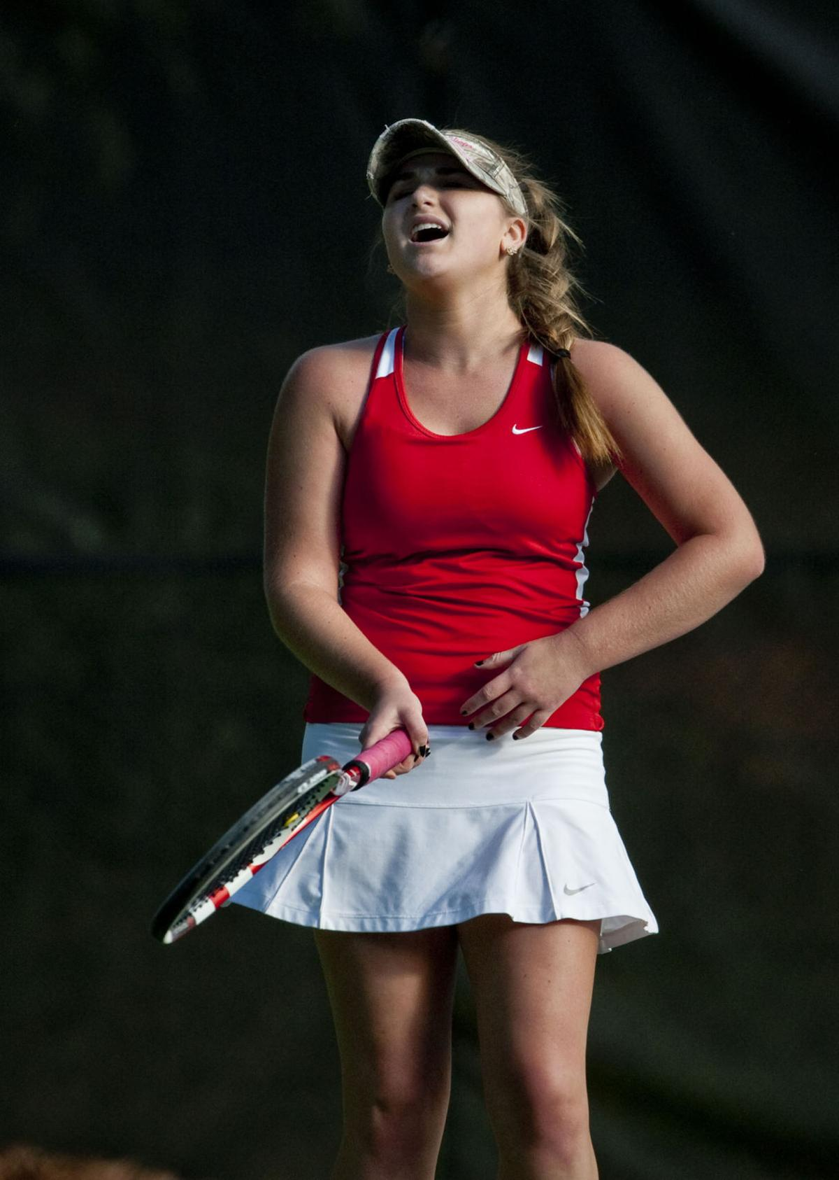 charlotte catholic singles Nina lavelle (charlotte latin tennis): lavelle, the hawks' no 2 singles player, scored three victories in the florence (sc)  charlotte catholic:.