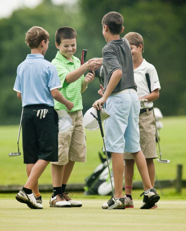 青少年高尔夫球手