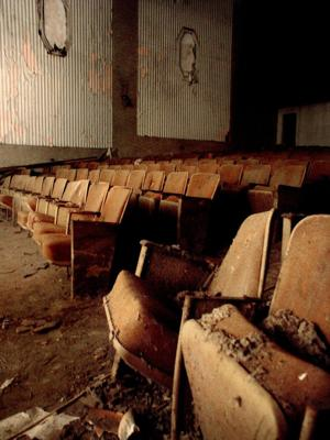 REEVES THEATER 010