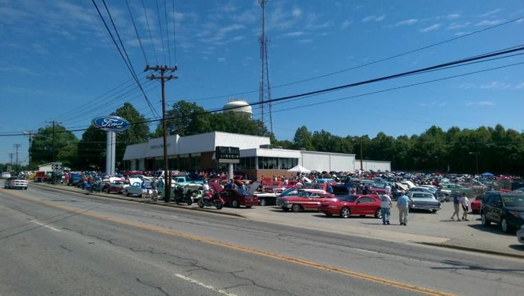Yadkin Valley Motor Co 39 S Car Show Turnout Exceeds