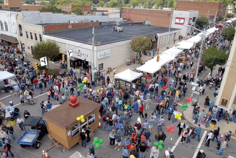Fall chill boosts 34th festival - journalpatriot: News