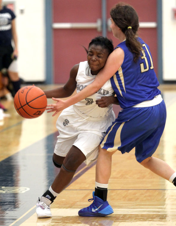 ShoemakerKerrvilleTivyBasketball 024.JPG