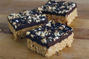 FOOD COOKIE-FRUIT-GRANOLA-BARS 2 LA