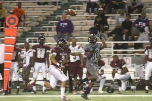 Playoffs Shoemaker v Mansfield Timberview 66.jpg
