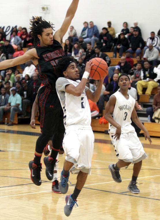 Basketball Boys Shoemaker  V Harker Heights040.JPG
